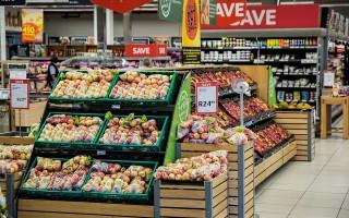Закон о ценниках на товар 2020-го года: требования, статьи № 10 и № 8 ЗоЗПП, что если ценник не соответствует цене или отсутствует, штрафы